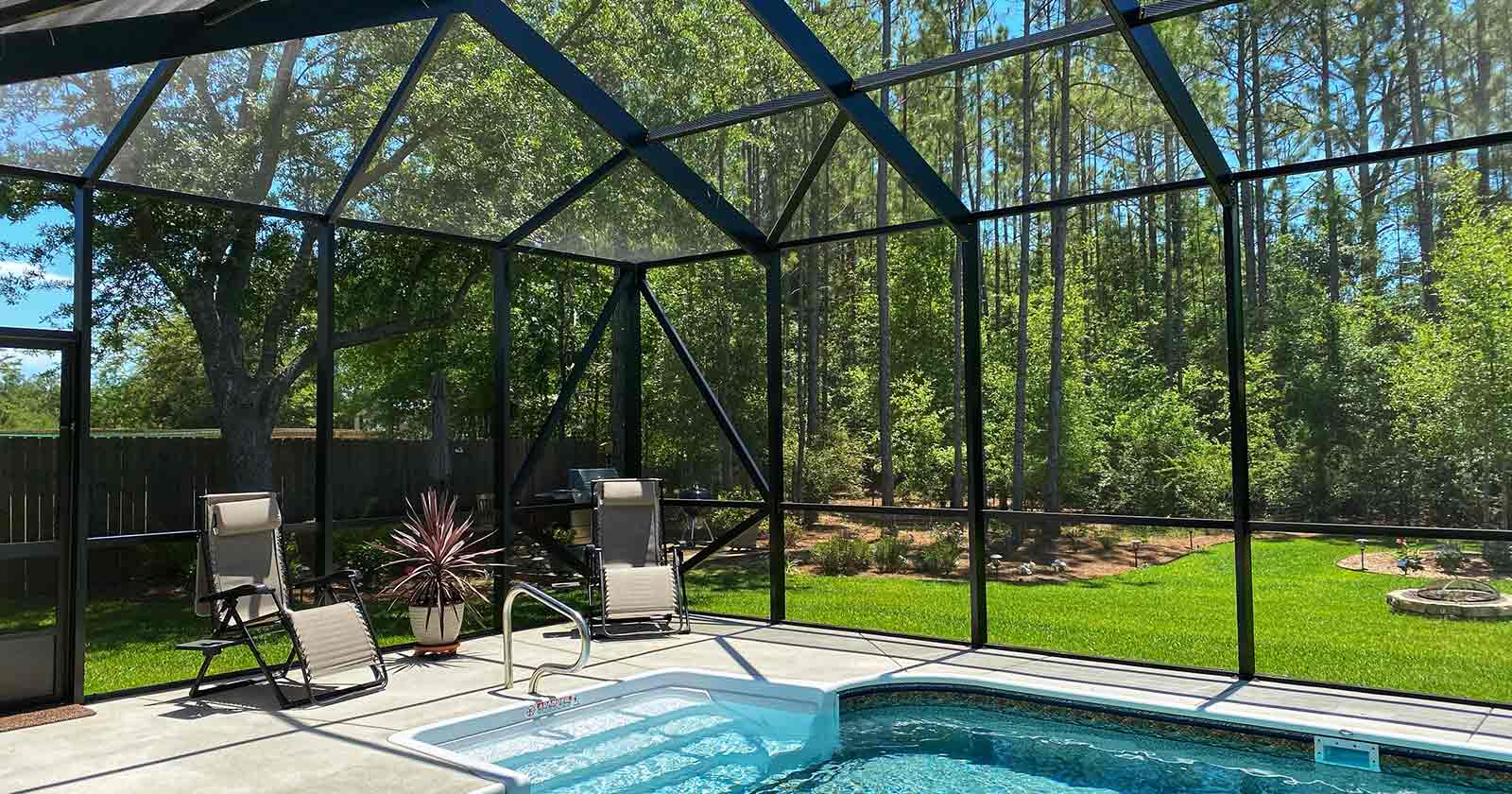 5 benefits installing pool enclosure